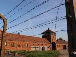 Auschwitz-Birkenau Haupttor