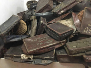 Auschwitz-Stammlager-Koffer
