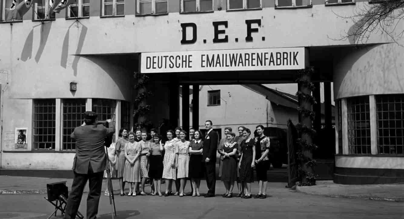 Schindlers Liste Filmszene Emaillefabrik