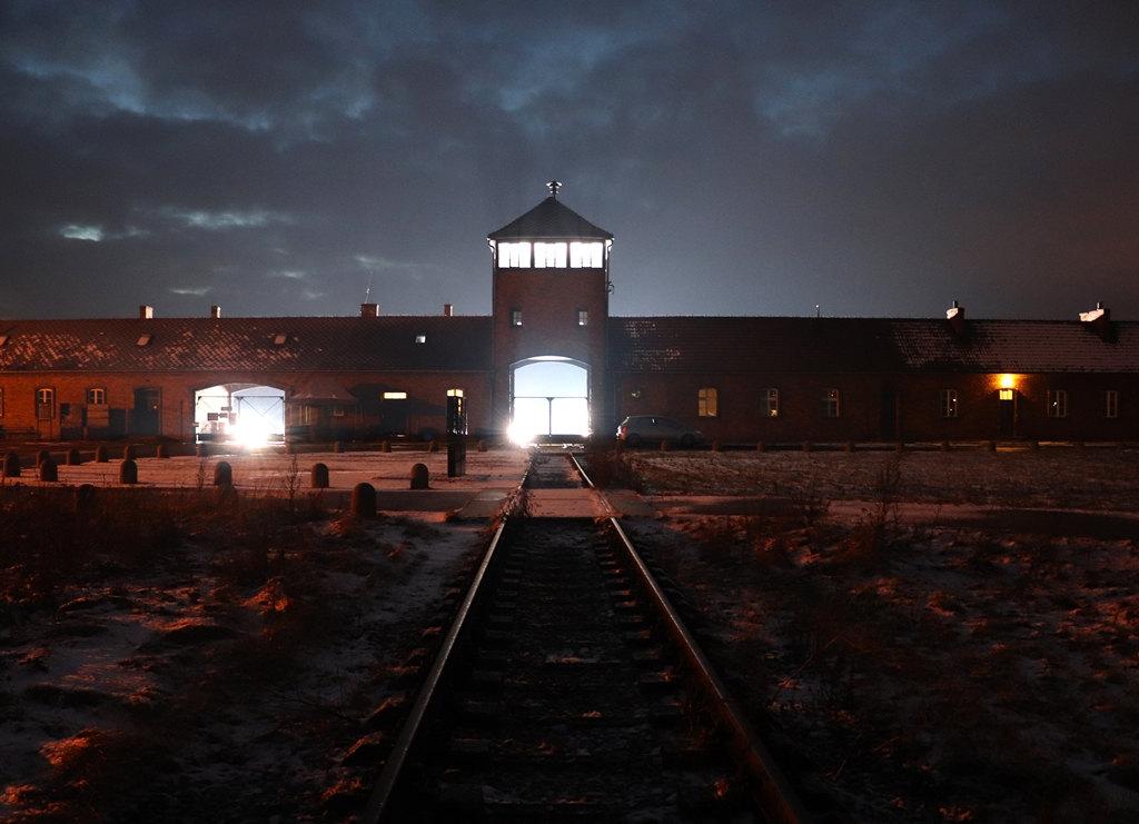 KZ Auschwitz-Birkenau Haupttor